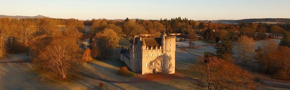N33 Castle in winter sunshineb